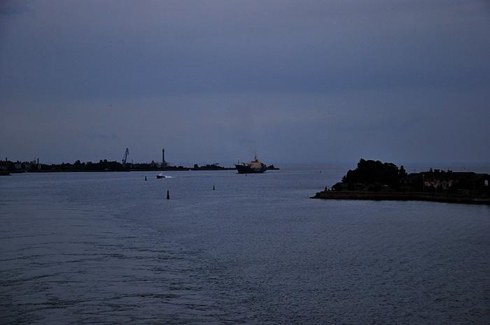 FerryHelsinki13.JPG