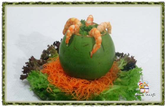 Camarão no coco verde 1