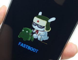 di sini kita berguru bareng untuk mengatasi hp Cara Flash Xiaomi Redmi 5x Via Fastboot Miflash
