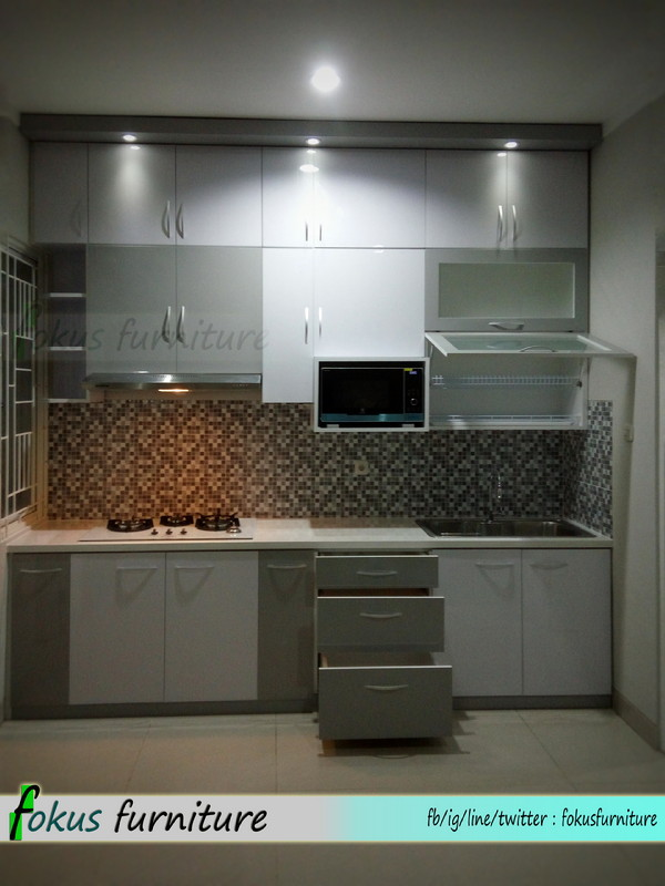 Kitchen set full plafon di tangerang furniture kitchen for Kitchen set tangerang
