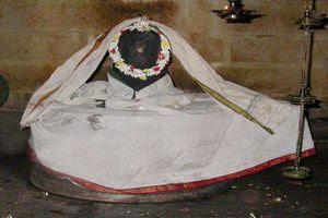 Thiruvilanagar (Thuraikattum Vallalar) Temple Main Deity Uchira Vaneswarar