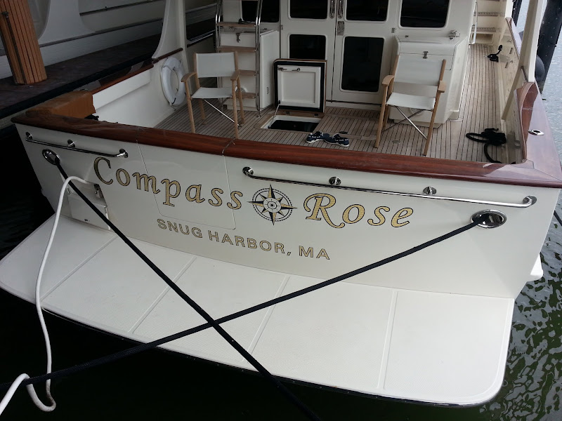 Gold Leaf Yacht Lettering - Compass Rose