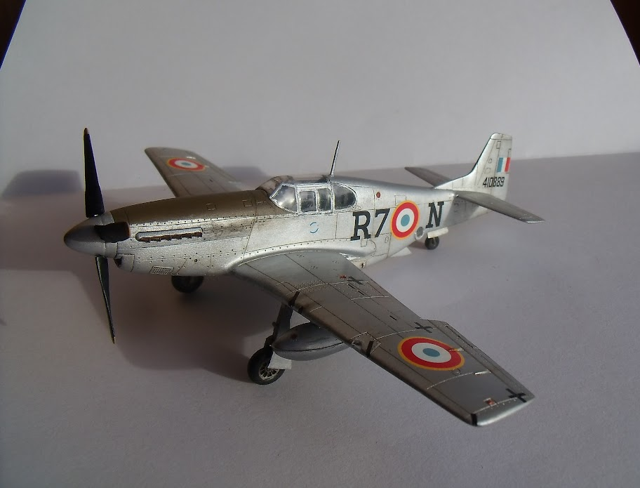 [Academy] N.A. F-6C Mustang GEDC0509