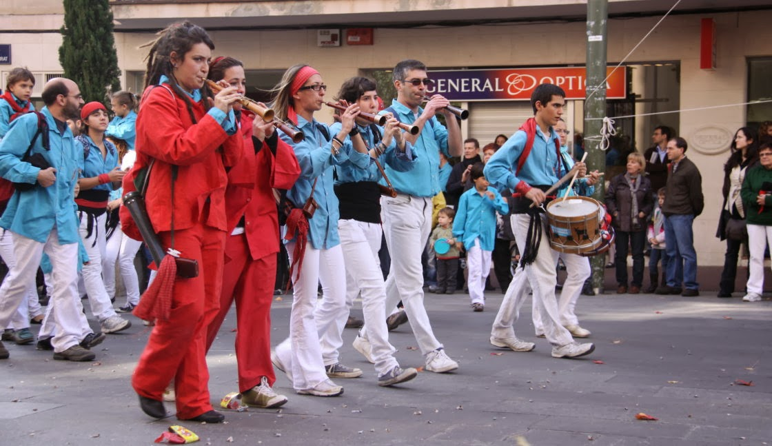 Diada dels Castellers de Terrassa 7-11-10 - 20101107_110_grallers_Terrassa_Diada_dels_CdT.jpg