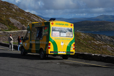 Driving in Ireland: Ice cream truck, pull off at Coomatloukane, Ring of Kerry