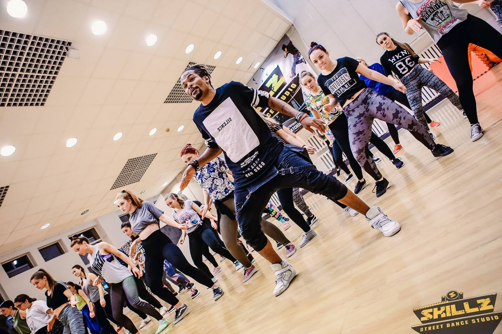 Dancehall workshop with Jiggy (France) - 8.jpg