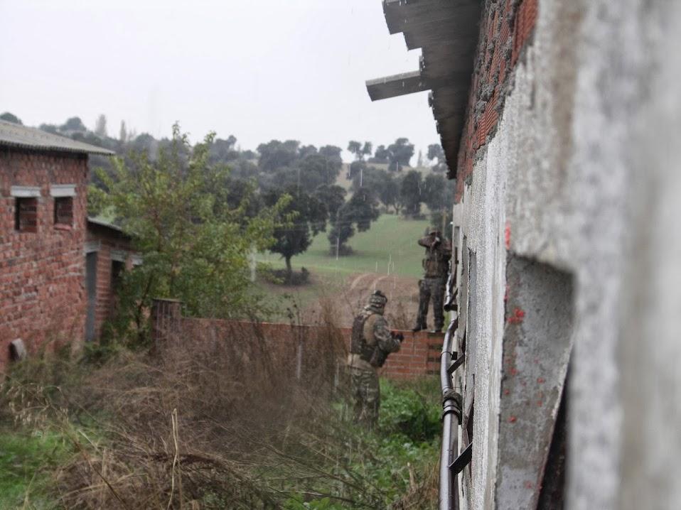 BAJO FUEGO. La Granja. 17-11-13. PICT0029