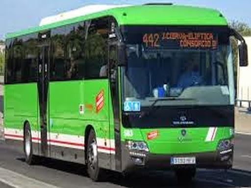 El ayuntamiento restablece el tr fico de autobuses por la for Calle jardines getafe