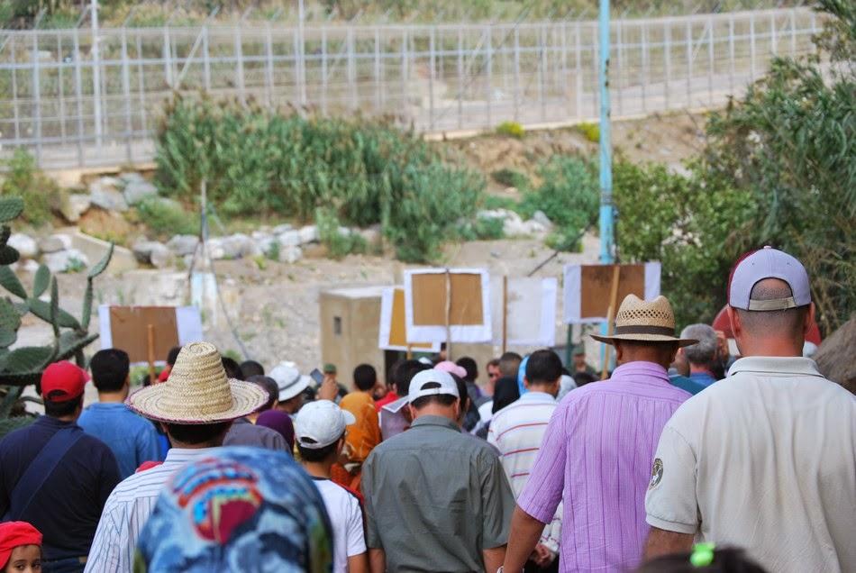 Caravana a la valla de Ceuta 28