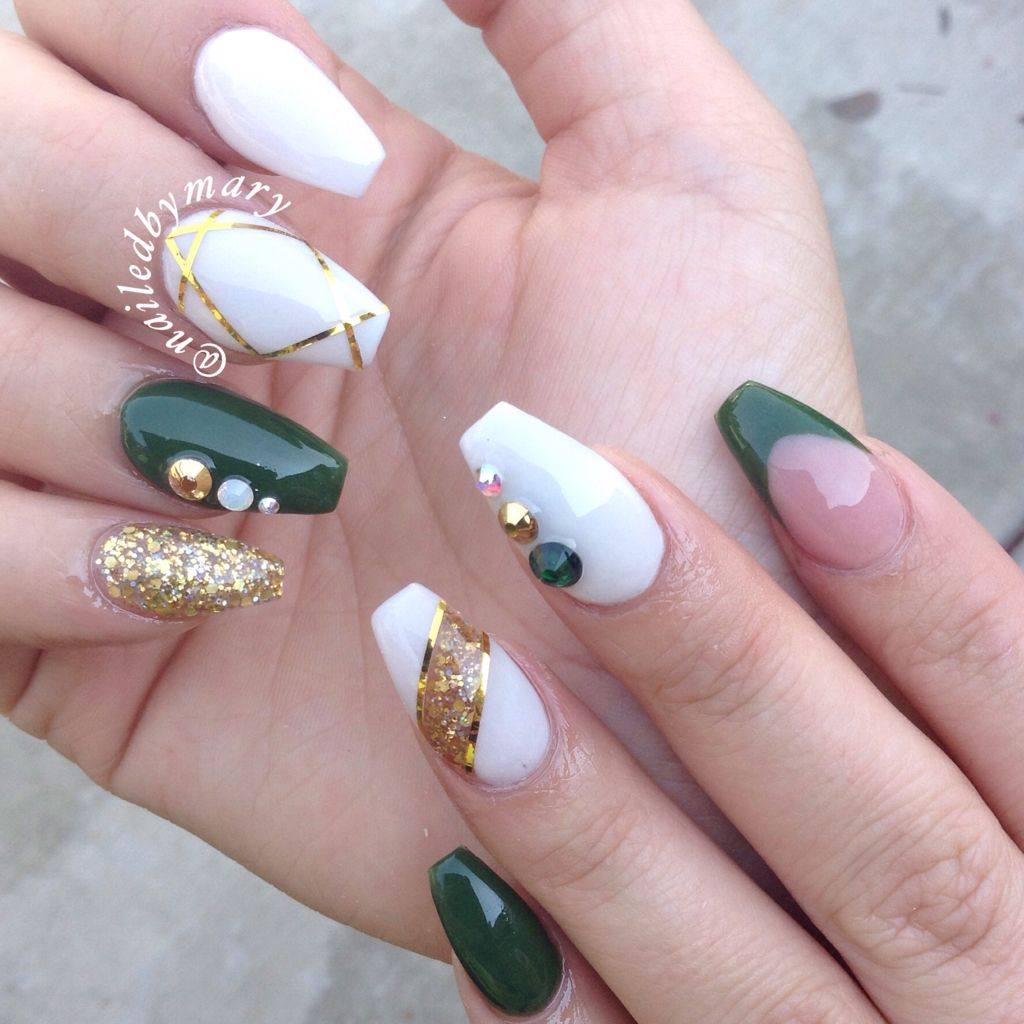 EXQUISITE EMERALD GREEN NAILS DESIGNS FOR YOU IN 2019 2