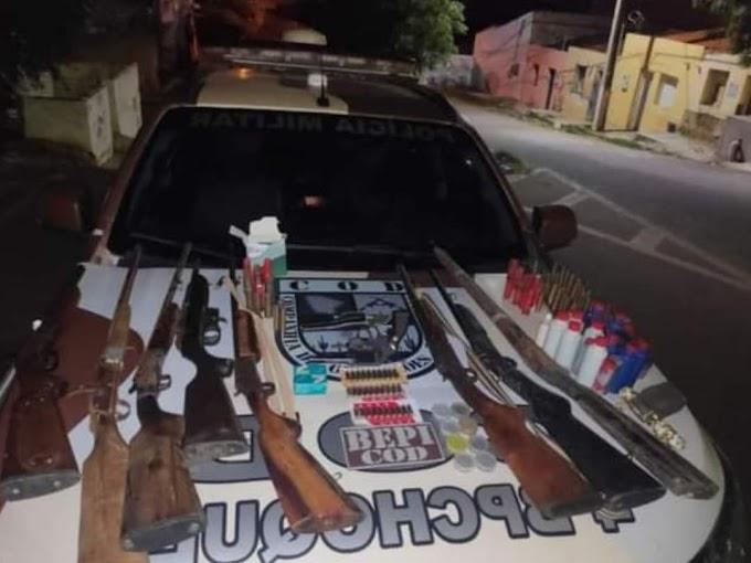 ARSENAL É APREENDIDO PELA POLÍCIA MILITAR EM AIUABA