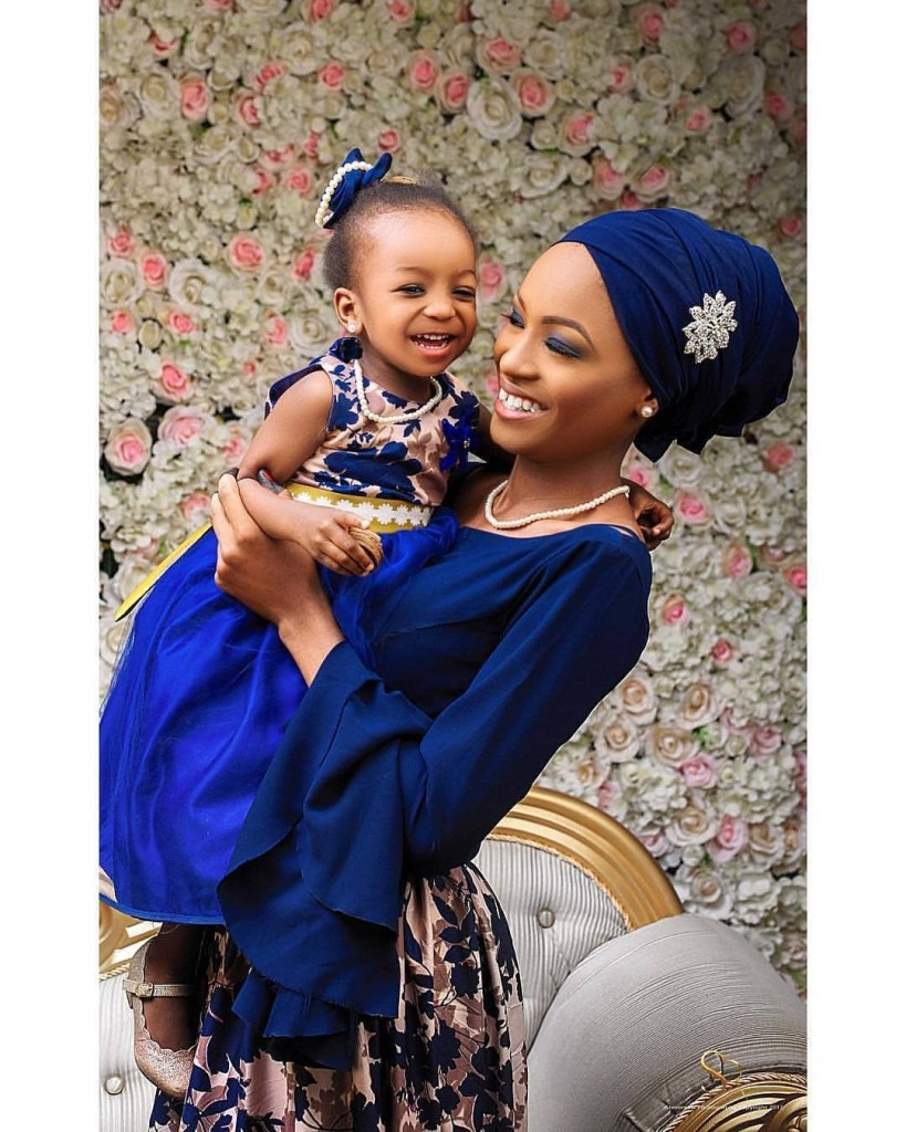Latest Mothers And Their Girls Dresses Styles 2019 1