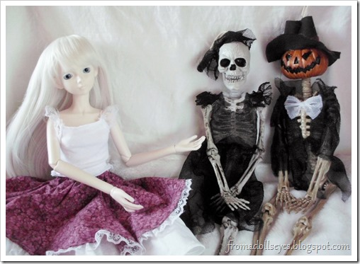 BJD Introducing a Pair of Halloween Skeleton Dolls