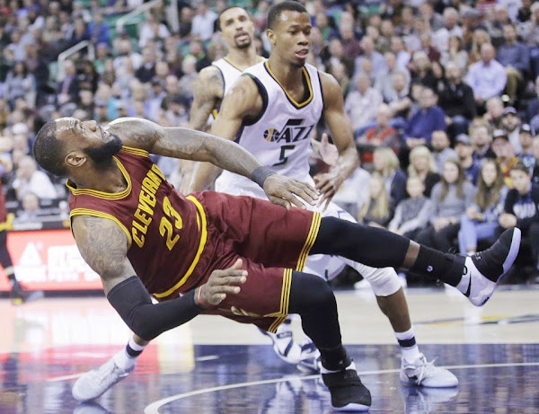 LeBron Rolls back to Nike Soldier 10 as Cavs Struggle in Utah
