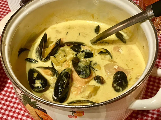 Creamy salmon, mussel and saffron soup