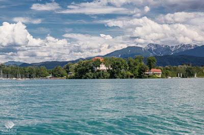 Schloss Maria Loretto vom Boot