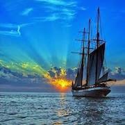 К чему снится корабль в море?