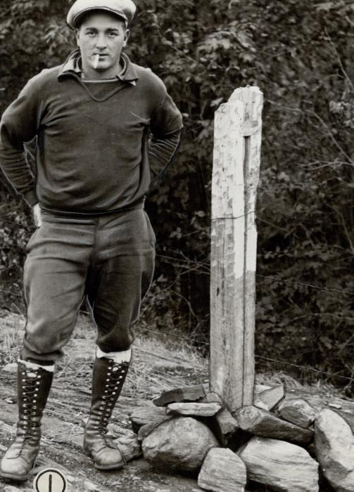 Photo of a young prospector staking his claim for gold in Arden.