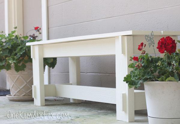 Simple DIY wooden bench