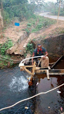 32-year old Nigerian successfully constructs hand-made hydroelectric power plant