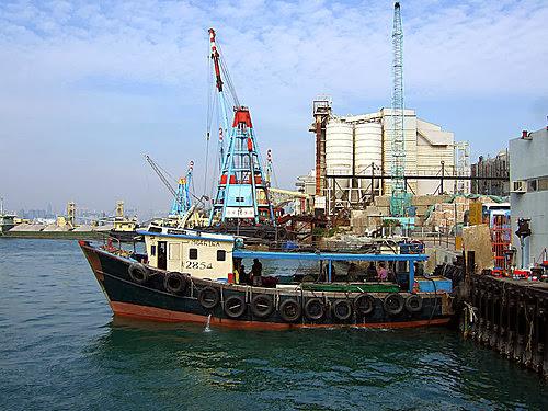 L J 的光影紀錄: 油塘灣-鯉魚門渡輪