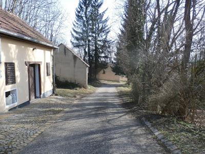 In der Absdorfer Kellergasse