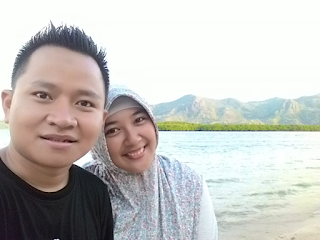 With my lovely husband, Fahrudin.
