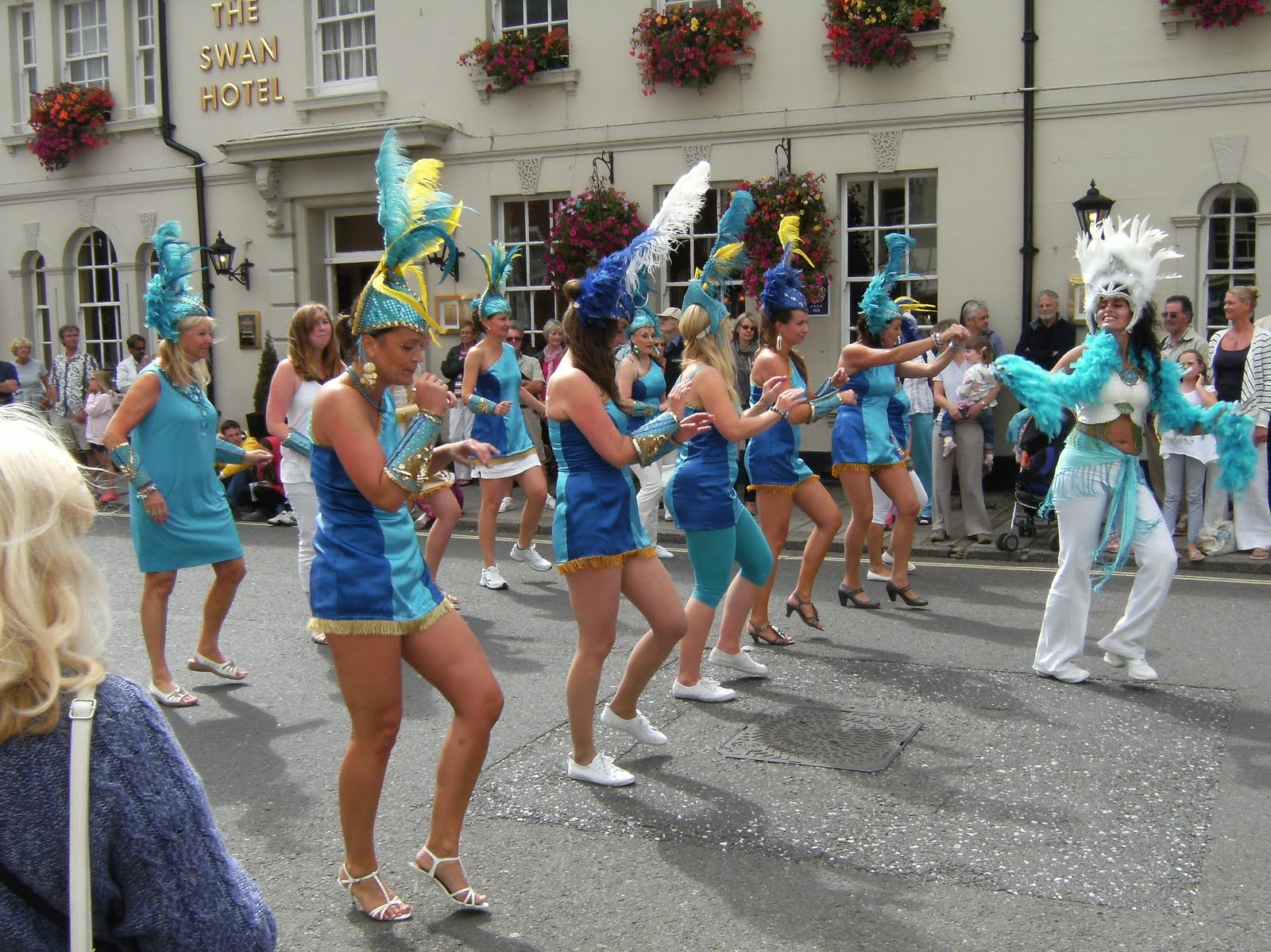 1008290005 The Brighton School of Samba at the 2010 Arundel Festival