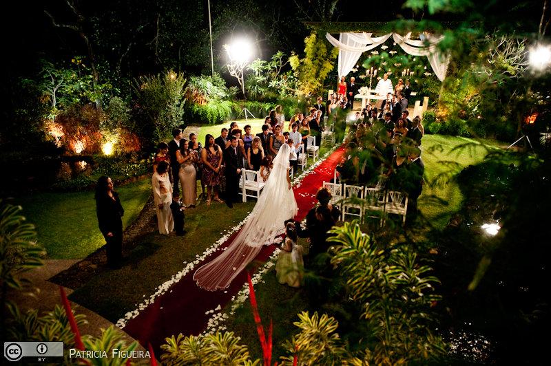 Foto de casamento 0870 de Lucia e Fabio. Marcações: 05/11/2010, Casa das Canoas, Casa de Festa, Casamento Lucia e Fabio, Fotos de Casa de Festa, Rio de Janeiro.