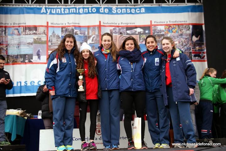 De izq. a dcha., Lourdes del B., Alicia B., Paula R., Laura W.,Marta J. e Inés Gª