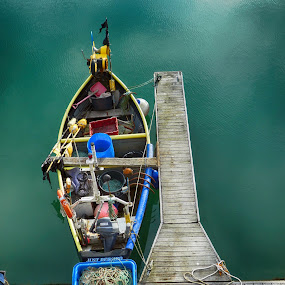 by Kevin Morris - Transportation Boats