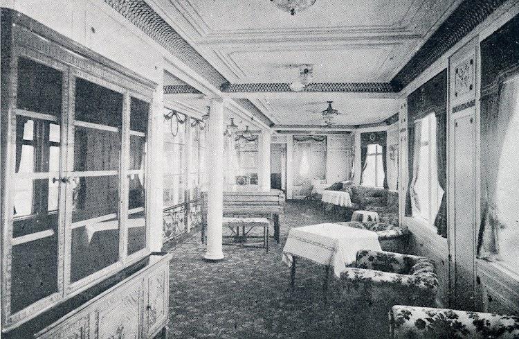 26-Gran salón de música. Revista La Vida Marítima. 1914.jpg