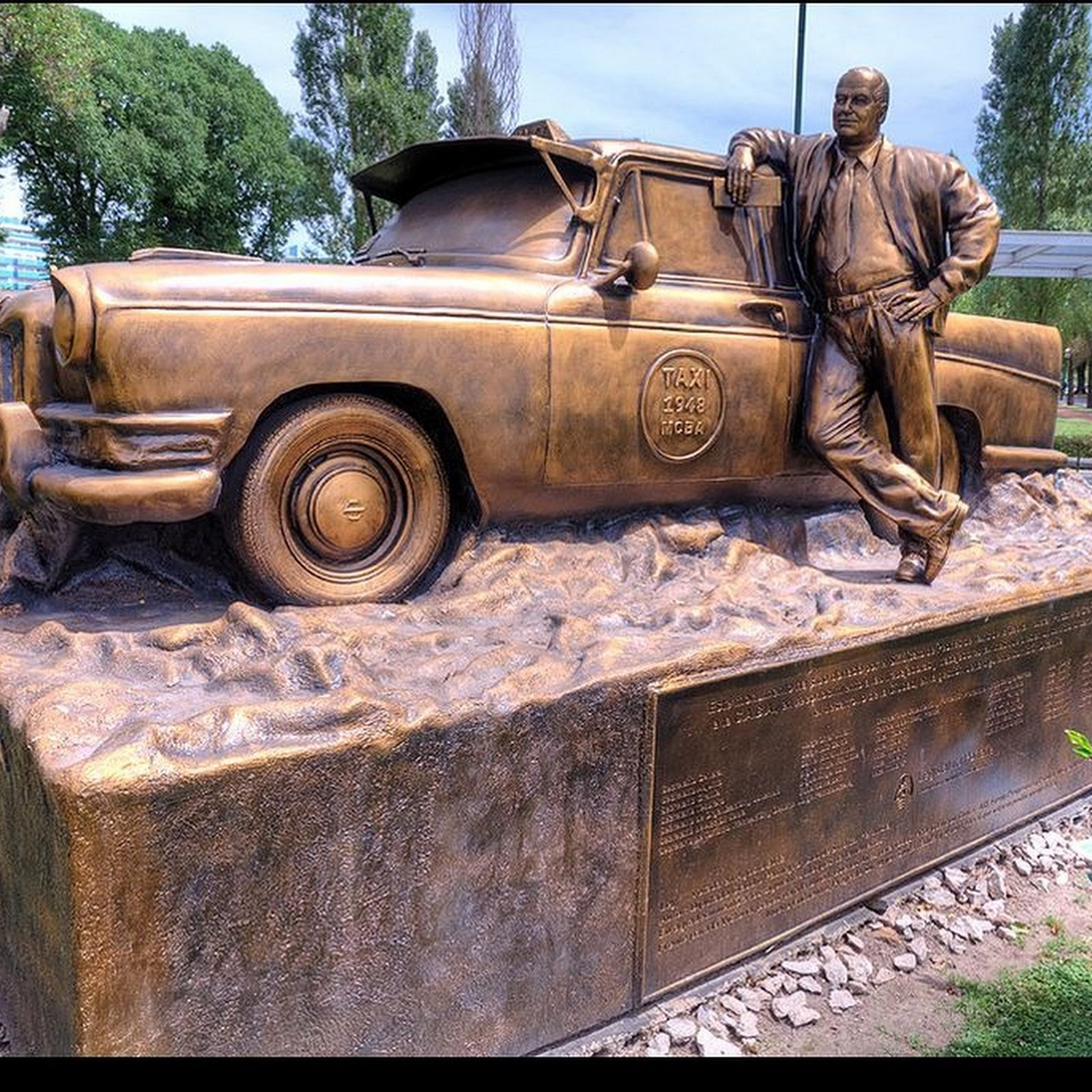 Monument to The Taxi Driver, Buenos Aires