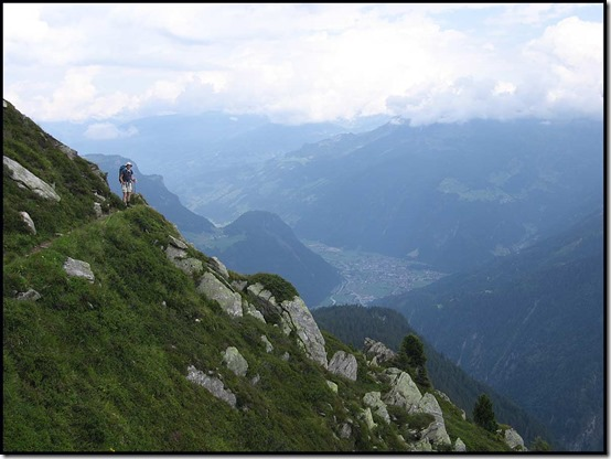 2715-Steep-path-above-Mayrhofen