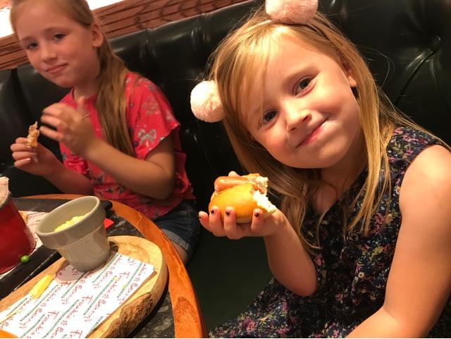 frankie-bennys-mini-hotdog