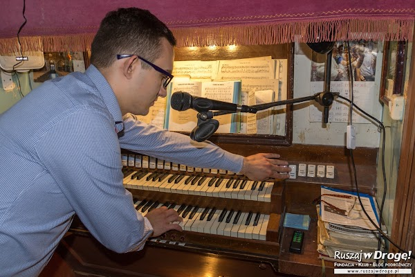 Karol Siatłowski - pokazał Reszel i reszelskie organy