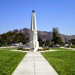 jse_Griffith_Observatory_RPCVLA_Monument.jpg