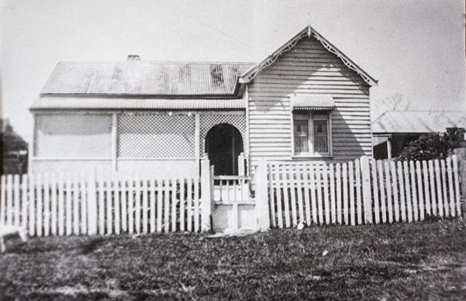 Jess-Rossen-House-Owen-Street-Huskisson-1916