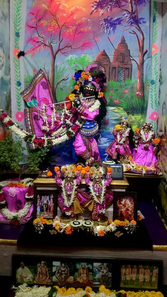 ISKCON Bhusawal Deity Darshan 13 Dec 2015 (1)