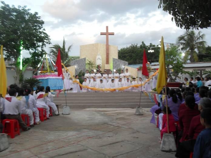 Giáo xứ Thanh Điền mừng lễ Mẹ Vô Nhiễm