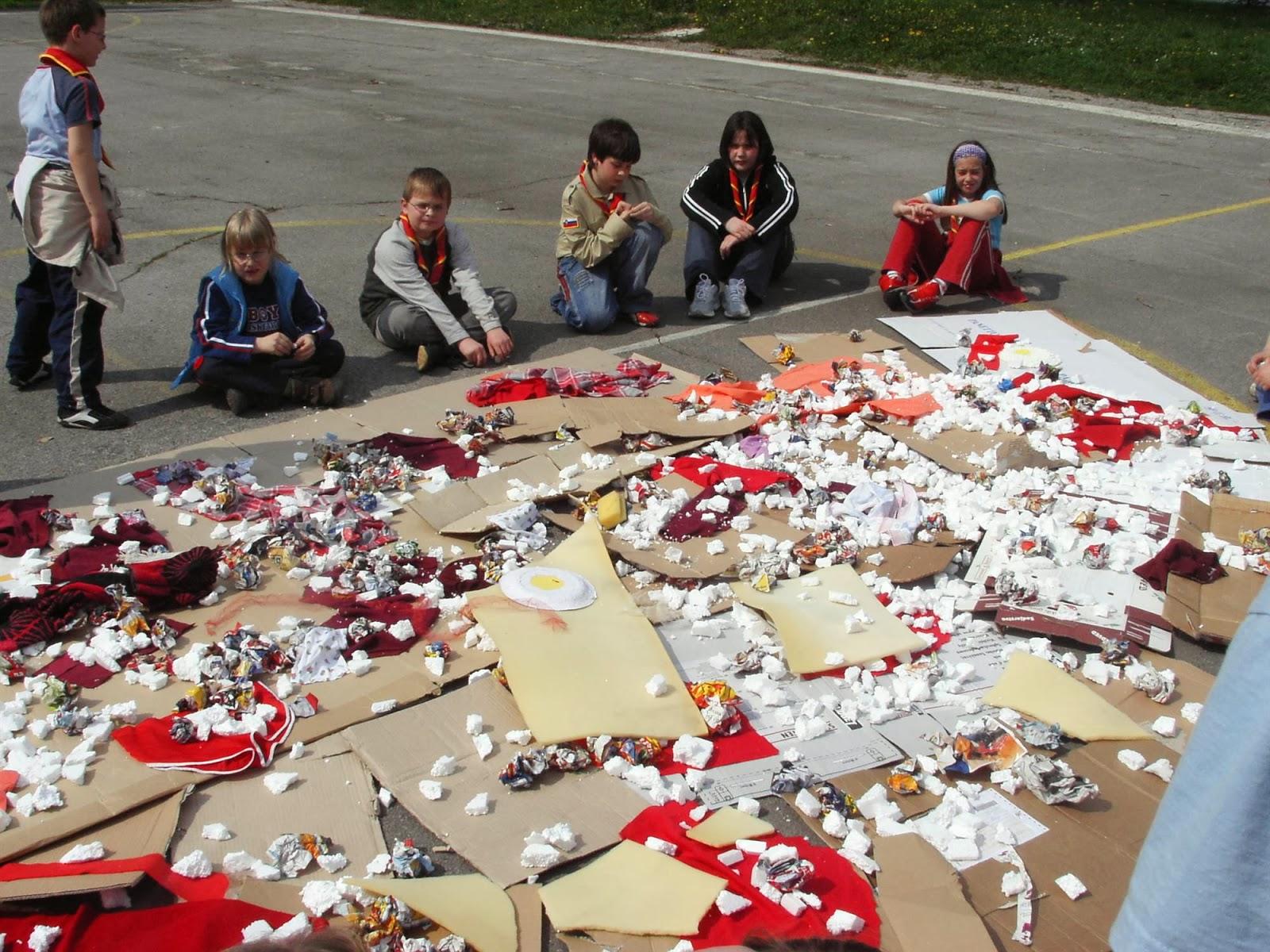 Zbiranje papirja, Ilirska Bistrica 2006 - KIF_8511.JPG
