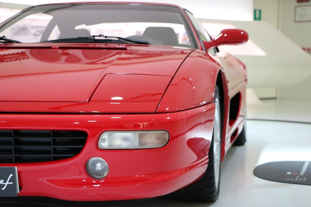 Modena - Enzo Museum 0042 - 1994 Ferrari F355.jpg