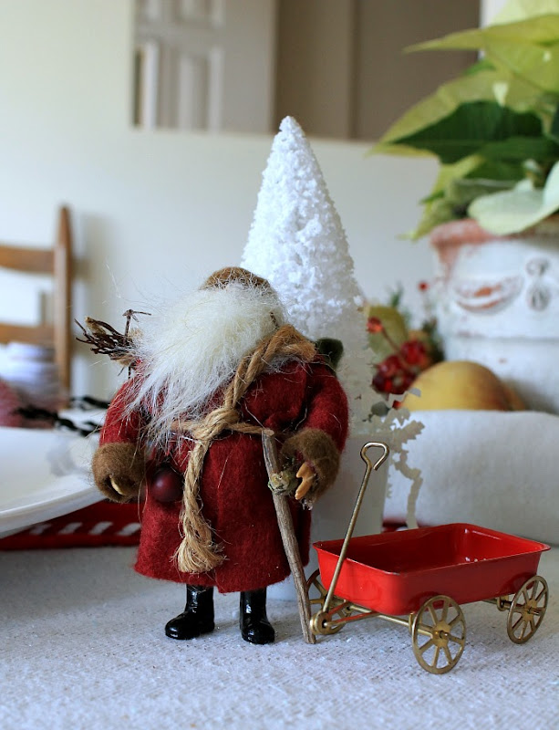 Holiday Decor Vintage Santa