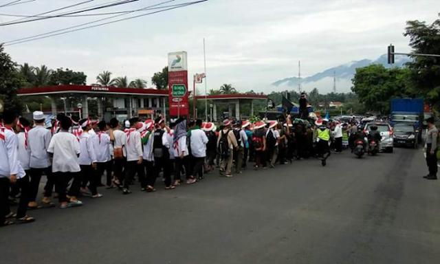 Long march aksi bela islam III di tasikmalaya soeararakjat.com