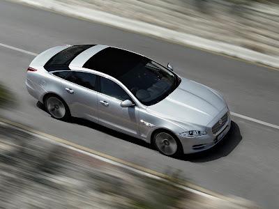 Jaguar-XJ_2012_1600x1200_Top_View