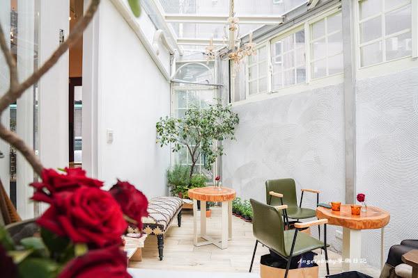 一秒置身在歐洲的玻璃屋花園|Bonica 台北約會下午茶推薦、玫瑰花浪漫空間、不限時插座咖啡