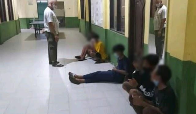 Terciduk Ngelem di Taman Kota Kapuas, Dua ABG Tanggung Dicokok Satpol PP
