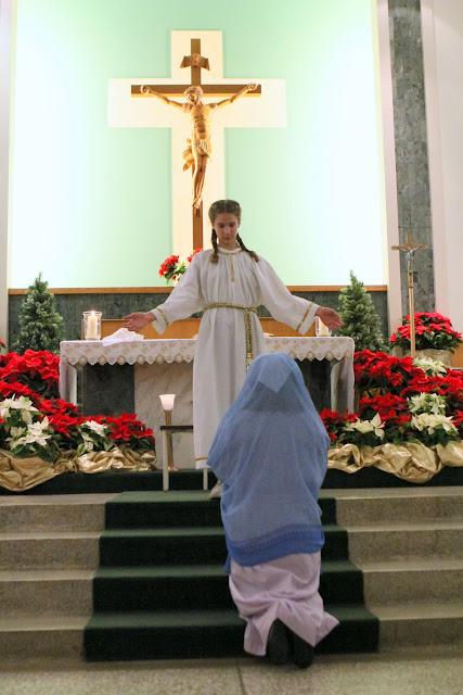 Christmas Eve Prep Mass 2015 - IMG_7204.JPG