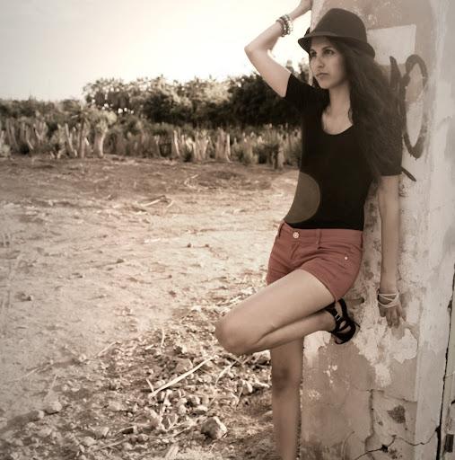 Nidia Cabrera Photo 15