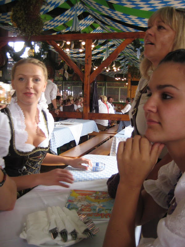 KORNMESSER BEIM OKTOBERFEST 2009 059.JPG